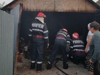 Incendiu de garaj la Mihail Kogălniceanu. FOTO ISU Delta