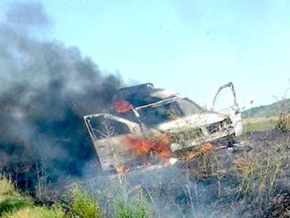 Accident urmat de incendiu la Ciucurova. FOTO Ionuț Dumitru P