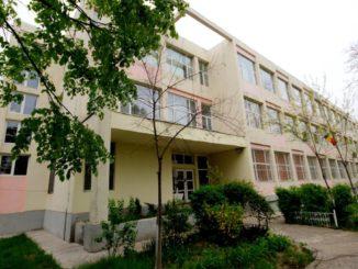 Școala 5 Tulcea. FOTO Arhivă / Facebook