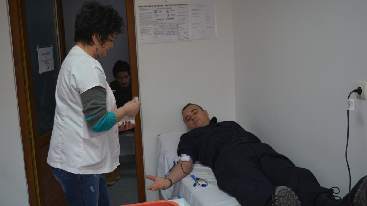 jandarmi donare sange