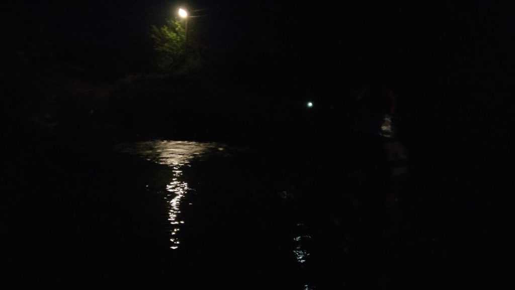 În căutarea persoanelor luate de ape. FOTO ISU Delta
